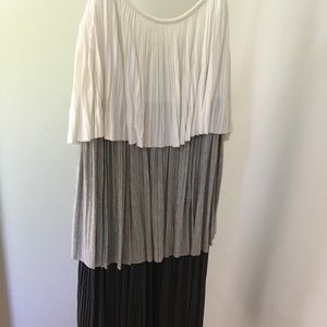 Laundry tiered women's dress NWT Size XS